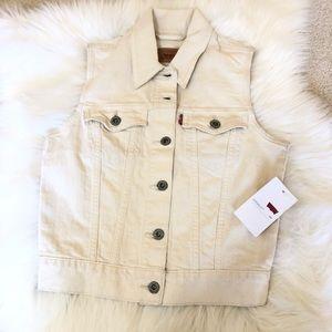 NWT Women Levi's beige vest size XS